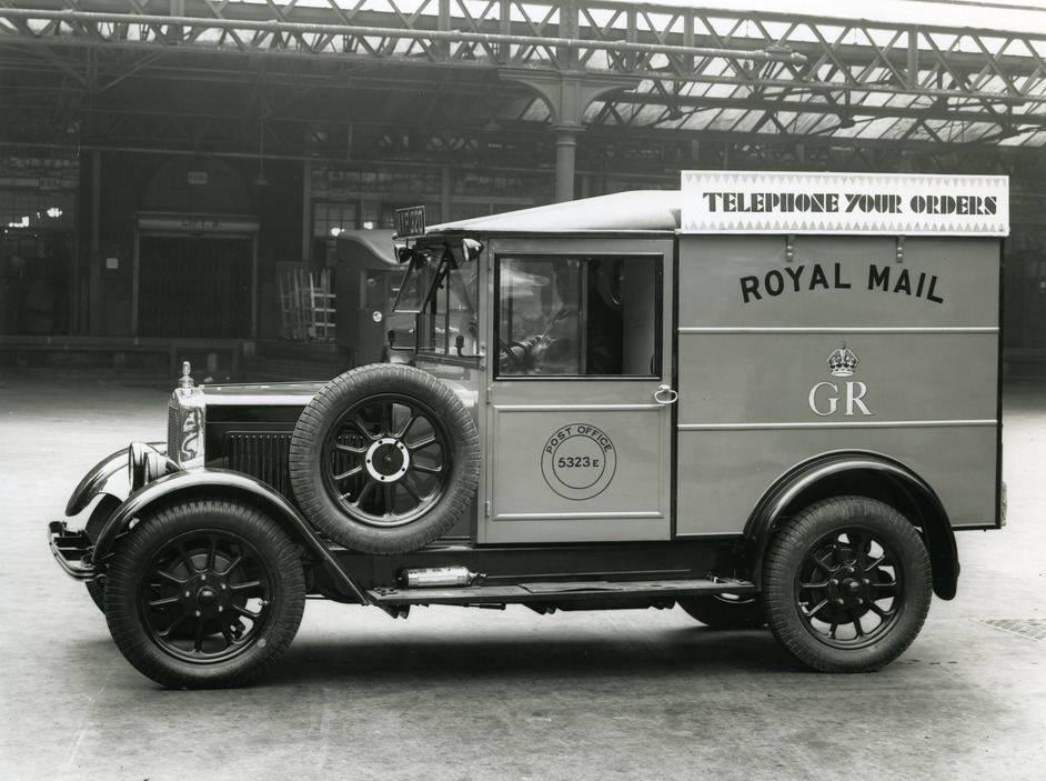 British Postal Museum & Archive - A Royal Mail van in the yard at King Edward Building, London, 1934