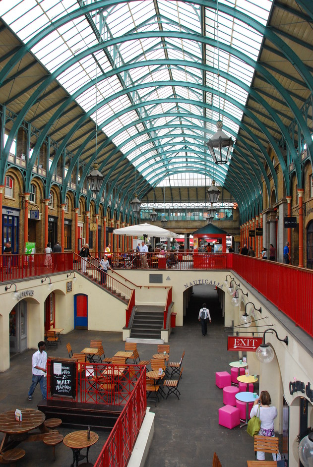 Covent Garden East Piazza - The Apple Market