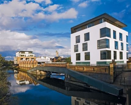Portobello Dock - Canal Building