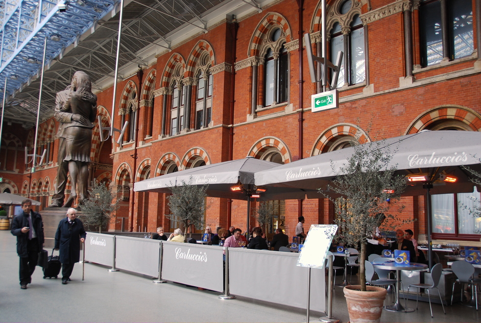 St Pancras International Station - St Pancras Carluccios Restaurant/Cafe