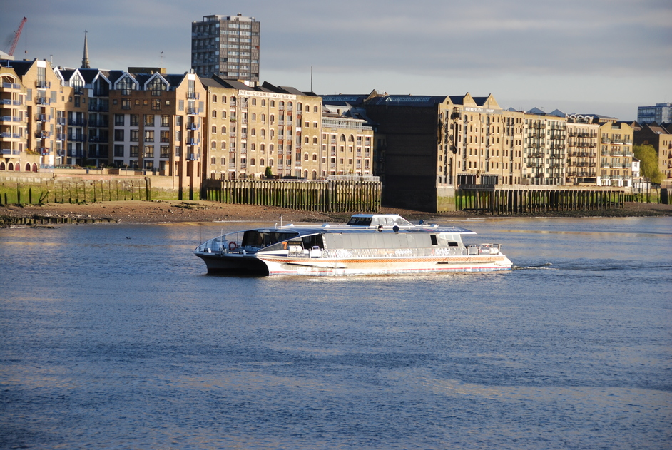 Thames Clippers - Thames Clipper Services