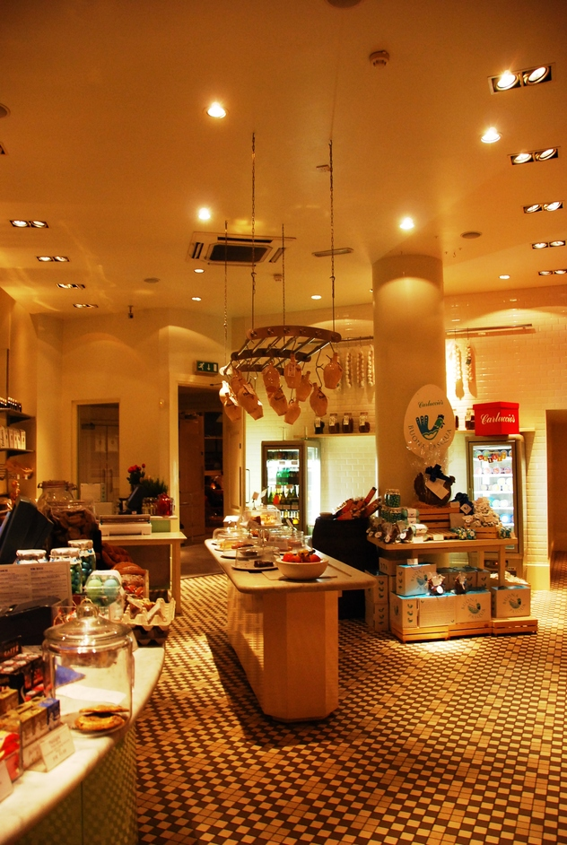 New Row - Carluccio's Interior