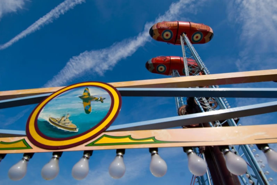 Carters Steam Fair At Priory Park London London Hotels