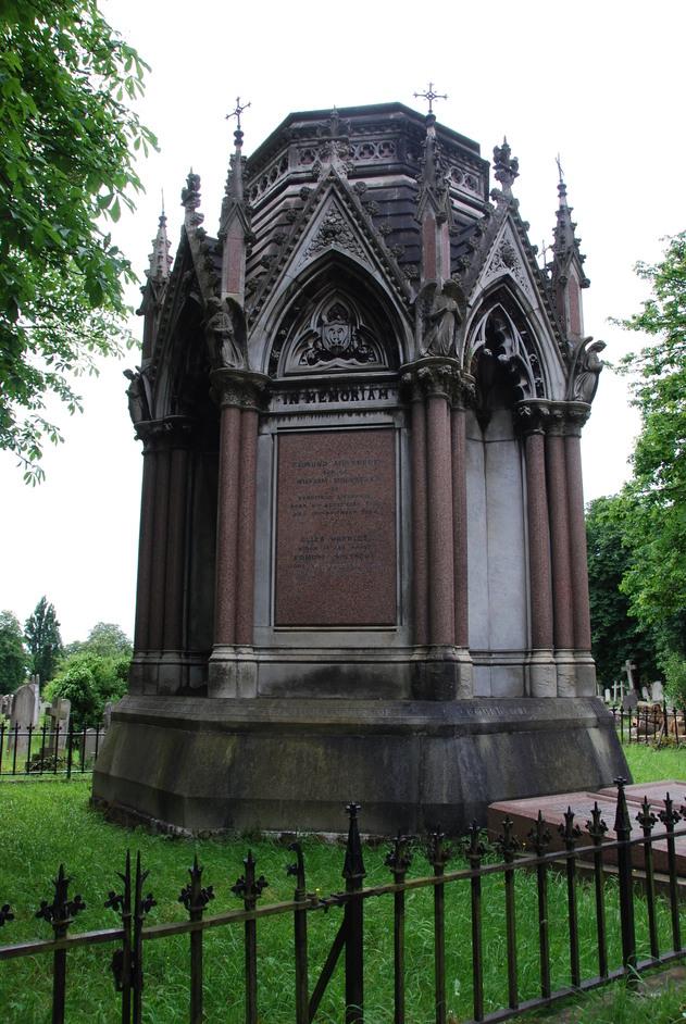 Kensal Green (All Souls) Cemetery - Edmund Molyneux Memorial