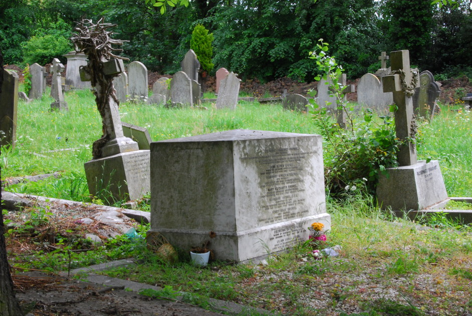 Kensal Green (All Souls) Cemetery - The Brunel Family Grave