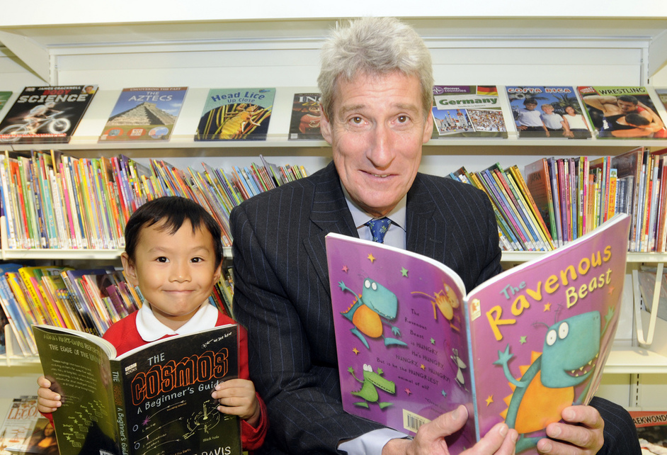 Shepherds Bush Library - Jeremy Paxman by Leigh Quinnell