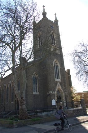 St Peter's De Beauvoir