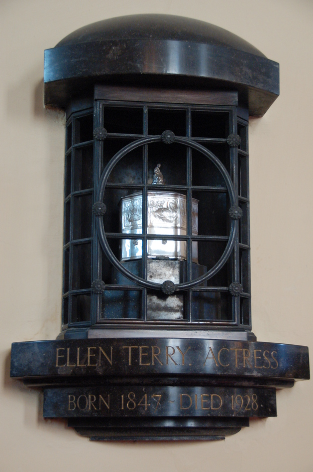 St Paul's Covent Garden - Ellen Terry's Ashes