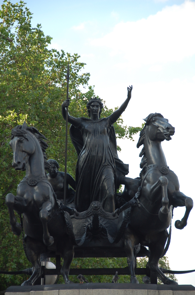 Westminster Bridge - Queen Boudica