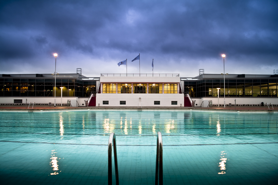 Hillingdon outdoor pool images for Pool london