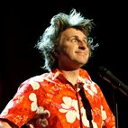Milton Jones: On The Road hotels title=