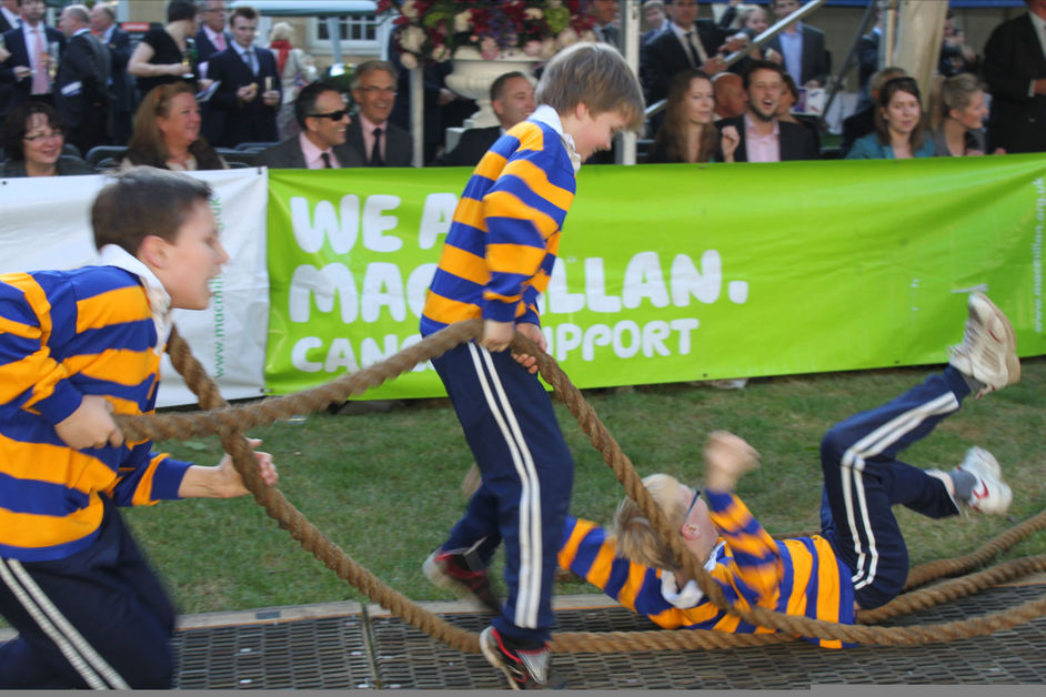 House of Lords v House of Commons Tug of War