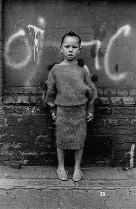 Photomonth 2012: East London Photography Festival - � Colin O'Brien - Travellers Child London Fields Hackney