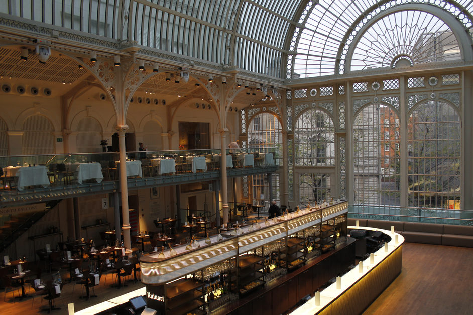 Royal Opera House - Covent Garden London - Champagne Bar 1 - Credit Lia Vittone