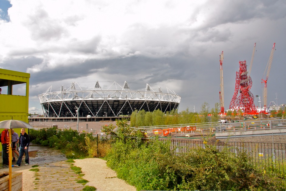 The Jubilee Greenway - View of Olympic Park from the Greenway