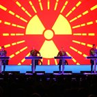 Kraftwerk hotels title=