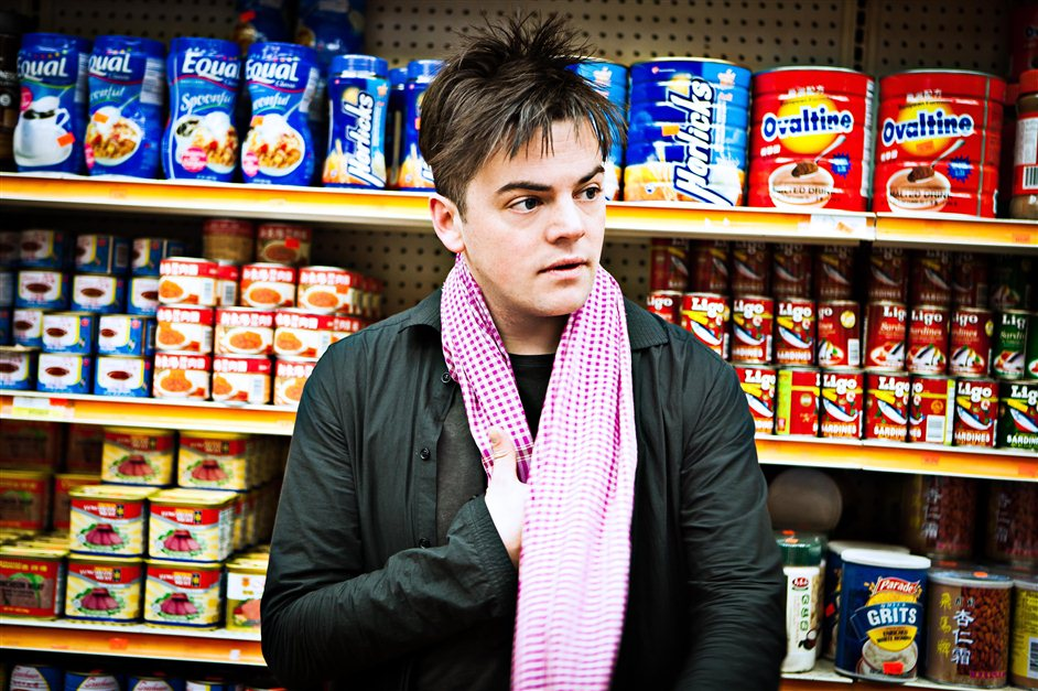 A Scream and an Outrage - Nico Muhly