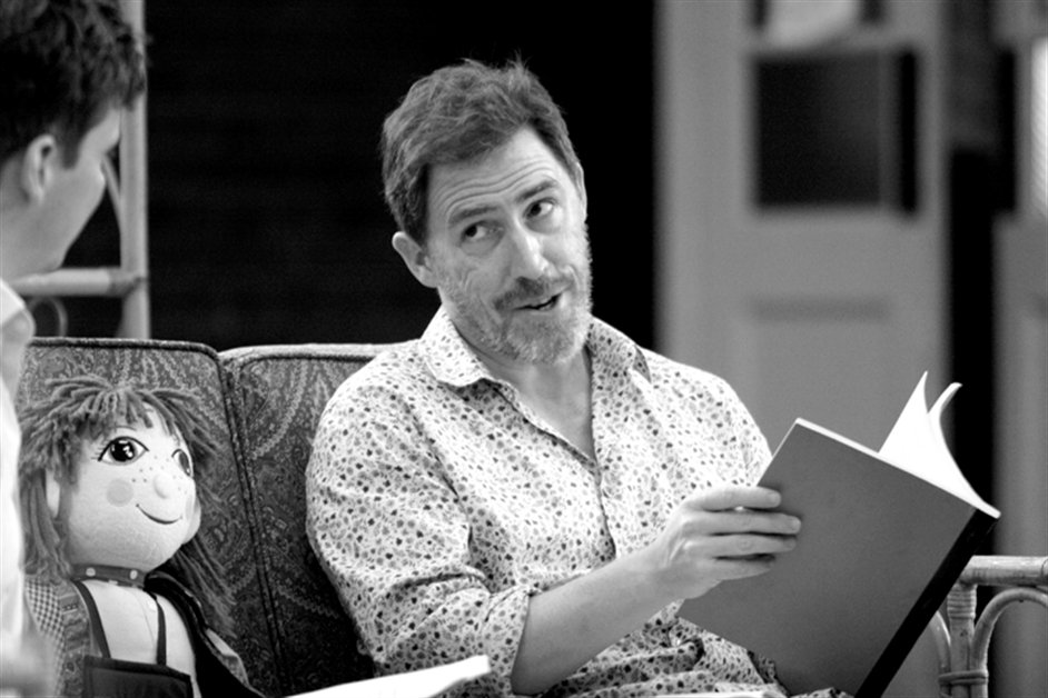 A Chorus of Disapproval - Rob Brydon as Dafydd ap Llewellyn, photo by Catherine Ashmore