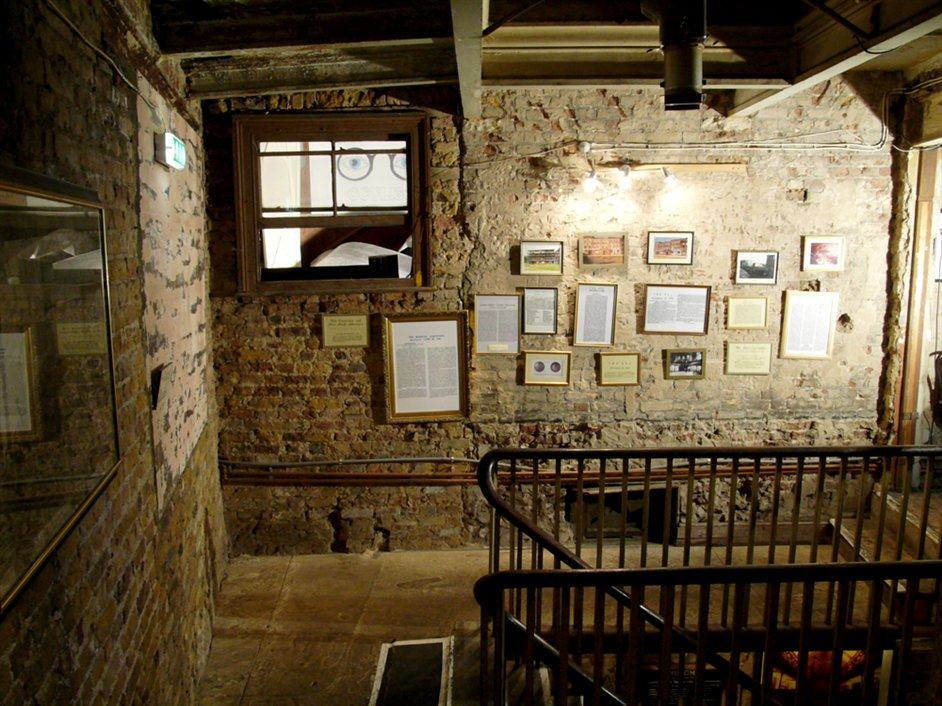 Wilton's Music Hall - The Mezzanine