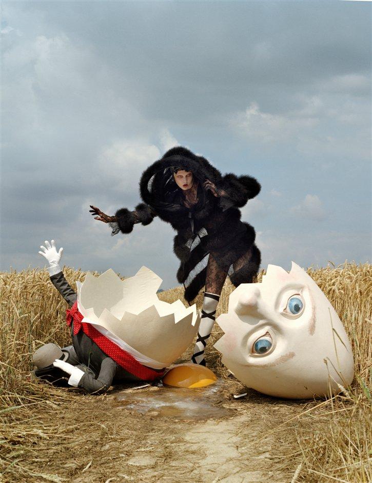 Tim Walker: Story Teller - Karlie Kloss and broken, Humpty Dumpty, Rye, East Sussex, 2010 © Tim Walker