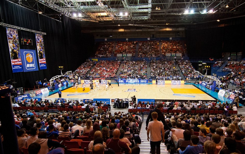 British Basketball Play-off Final Images | LondonTown.com