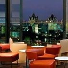 SkyLounge at DoubleTree by Hilton Tower of London hotels title=