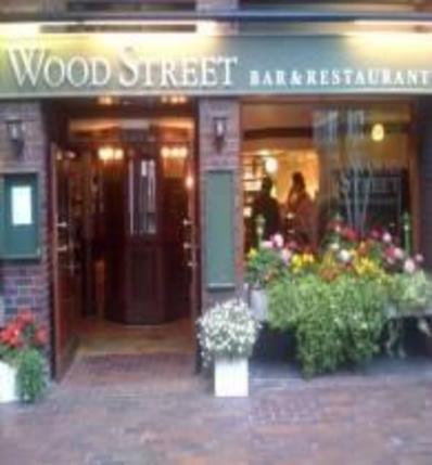 Wood Street Bar and Restaurant