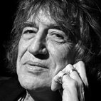 Howard Marks: An Audience With Mr Nice hotels title=