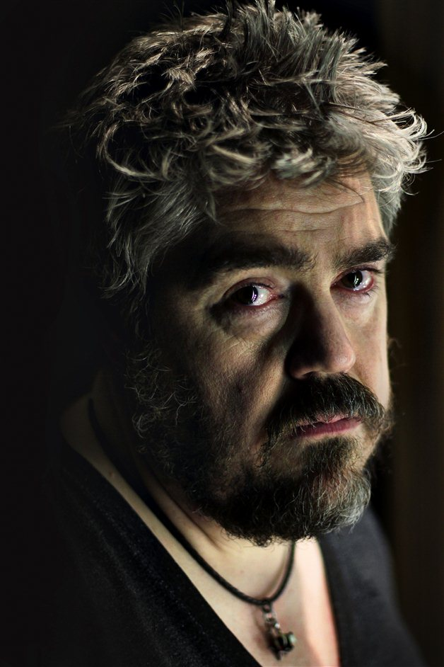 Tough Crowd - Phil Jupitus