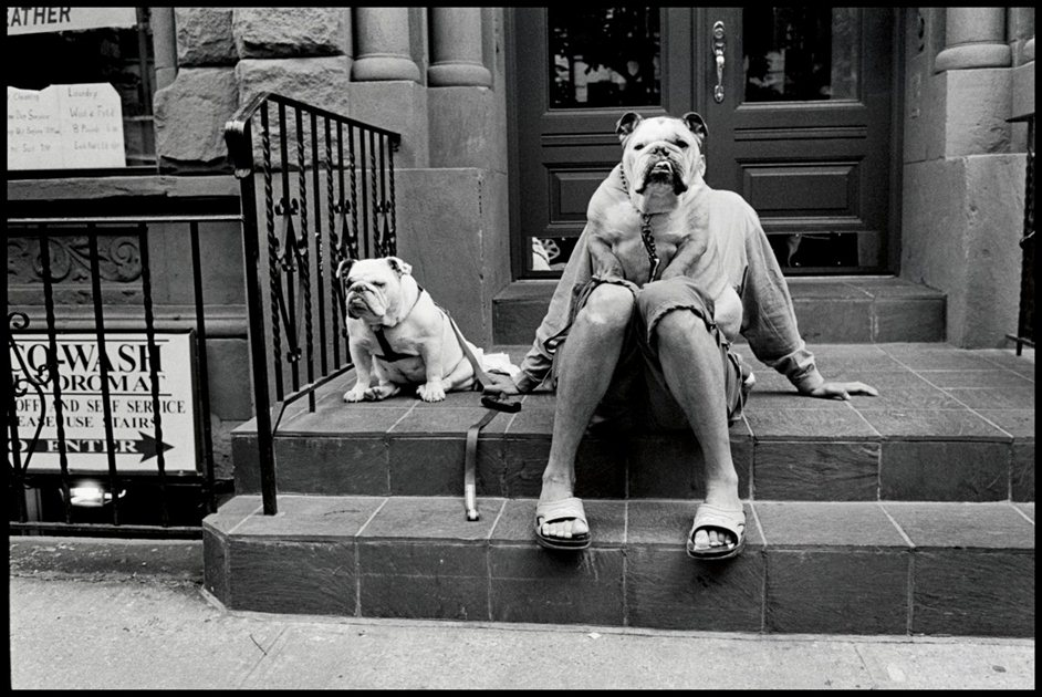 Elliot Erwitt - � Elliott Erwitt/Magnum Photos – Elliott Erwitt Exhibition at Chris Beetles Fine Photographs, London 19th September– 12th October 2012