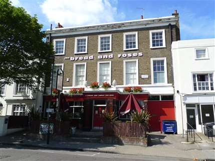 Clapham Comedy Club @ The Bread & Roses