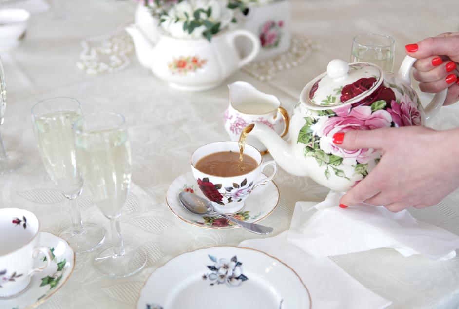 Betty Blythe - Afternoon Tea