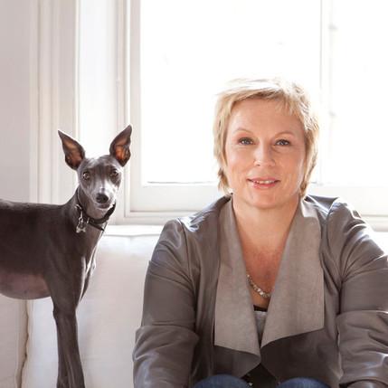 Jennifer Saunders: Bonkers