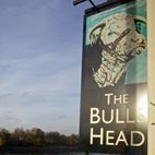 The Bull's Head, Barnes hotels title=