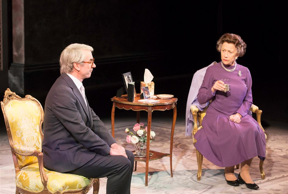 The Audience - Paul Ritter as John Majore and Helen Mirren as The Queen, photo by Johan Persson