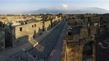 Life and Death in Pompeii and Herculaneum by Copyright Soprintendenza Speciale per i Beni Archeologici di Napoli e Pompei / Trustees of the British Museum