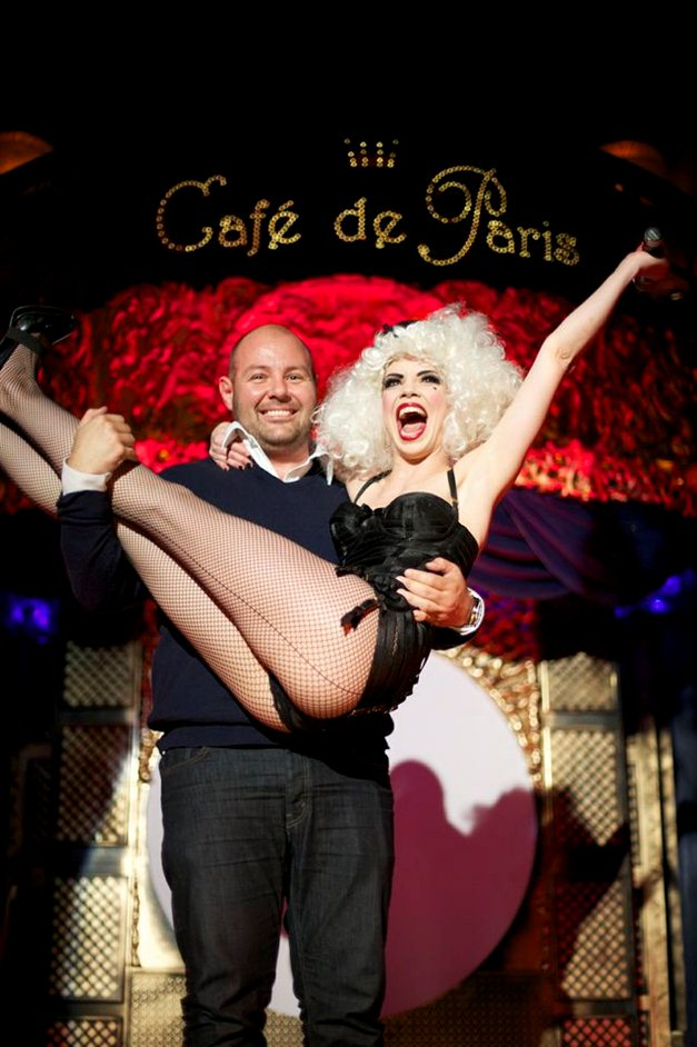 The Black Cat Cabaret - Photo by Michel Dierickx