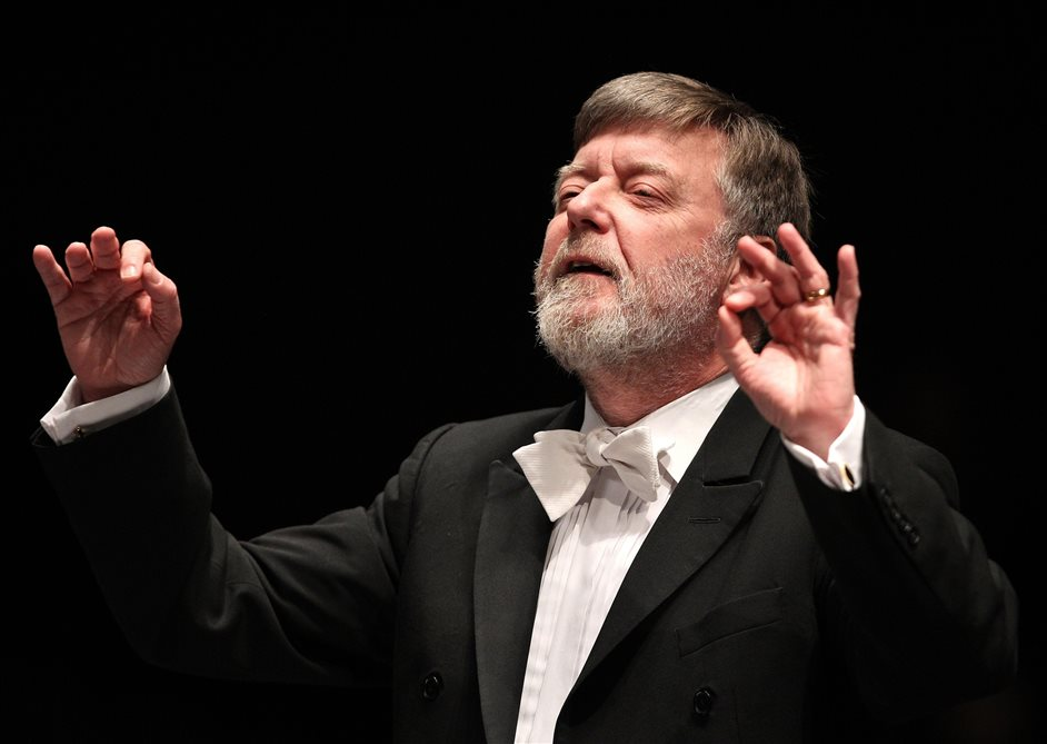 Prom 1: First Night of the Proms - Sir Andrew Davis, photo by Lucas Dawson