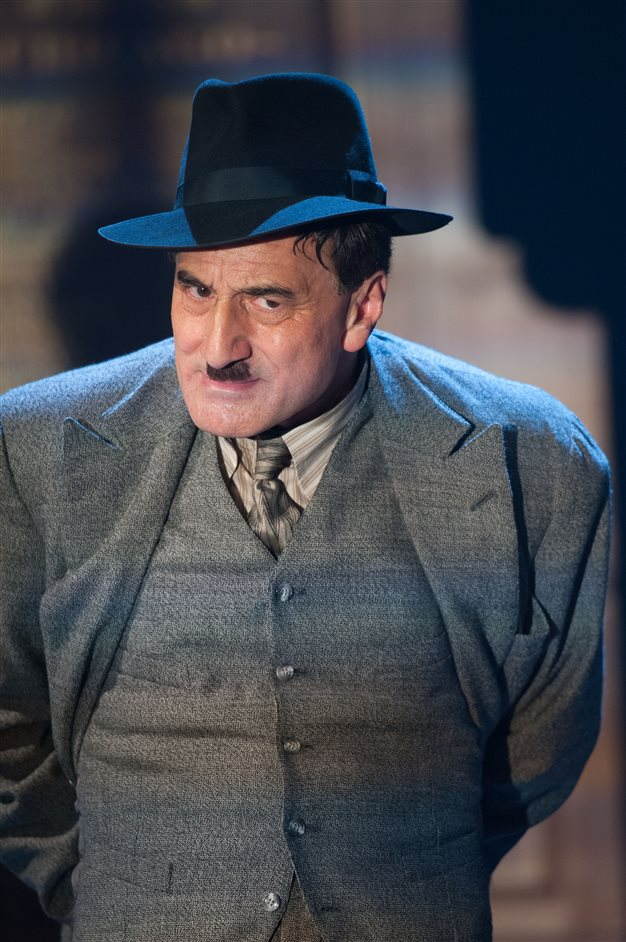 The Resistible Rise of Arturo Ui  - Henry Goodman as Arturo Ui - Photo by Manuel Harlan
