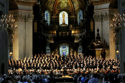 Prom 51: London Symphony Orchestra - London Symphony Orchestra at St Paul's Cathedral � City of London Festival / Robert Piwko