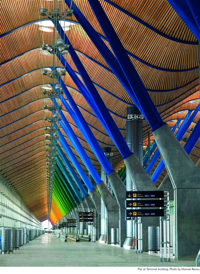 Richard Rogers RA: Inside Out - Terminal 4, Barajas Airport, Madrid © Duccio Malagamba