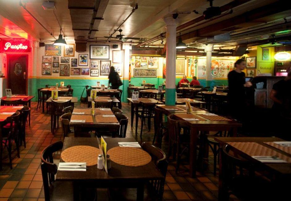 Cafe pacifico langley street online booking london restaurants mexican restaurants in for Mexican restaurant garden city