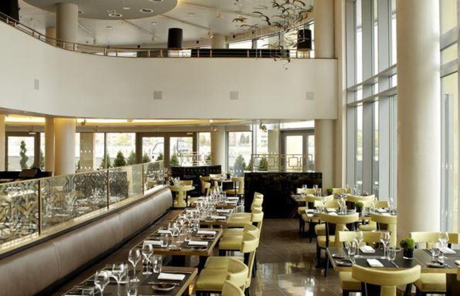Ambrosia Bistro & Bar at Hotel Verta