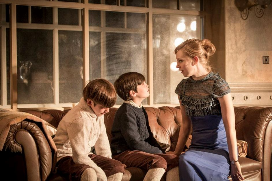 A Doll's House - Pip Pearce (Jon) and Arthur Gledhill Franks (Ivar) and Hattie Morahan (Nora) photo by Johan Persson