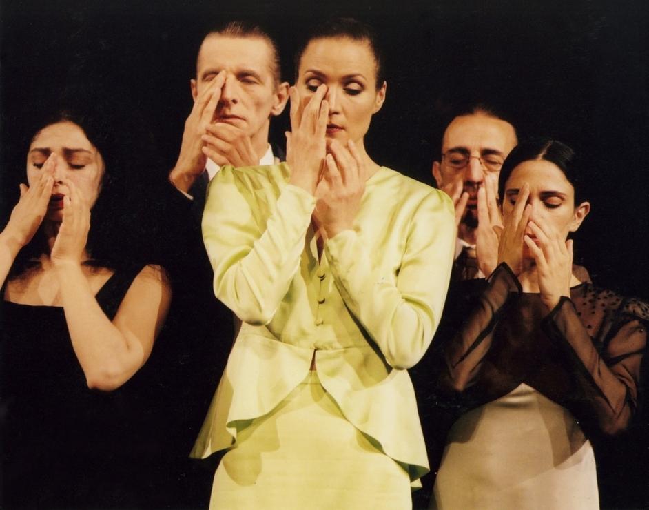 Tanztheater Wuppertal Pina Bausch: 1980 - 1980, photo copyright Ulli Weiss