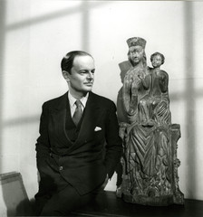 Kenneth Clark at the National Gallery by Tate archive Photo: William MacQuitty
