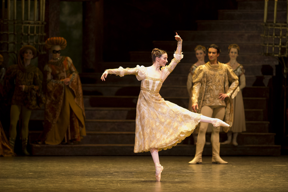 The Royal Ballet: Romeo And Juliet - Lauren Cuthbertson as Juliet in Romeo and Juliet, photo by Bill Cooper