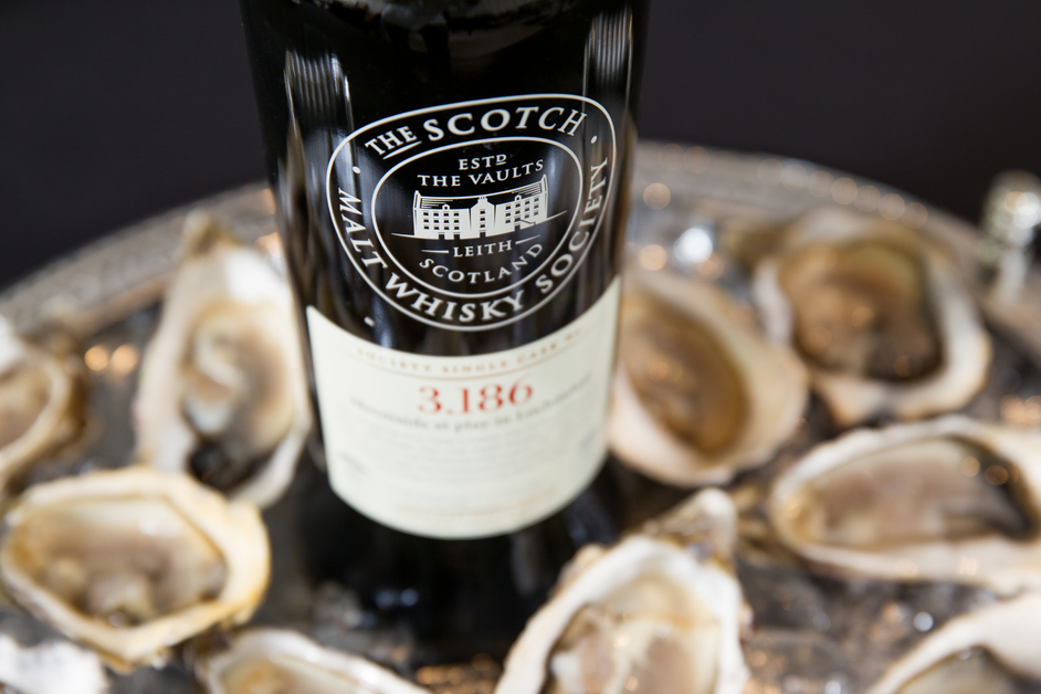 Pearl Dram Whisky and Oyster Bar