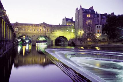 Windsor, Bath and Stonehenge Coach Tour