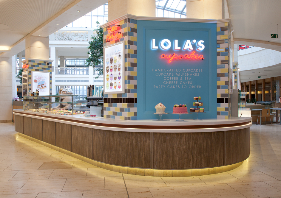 Lola's Cupcakes, Bluewater
